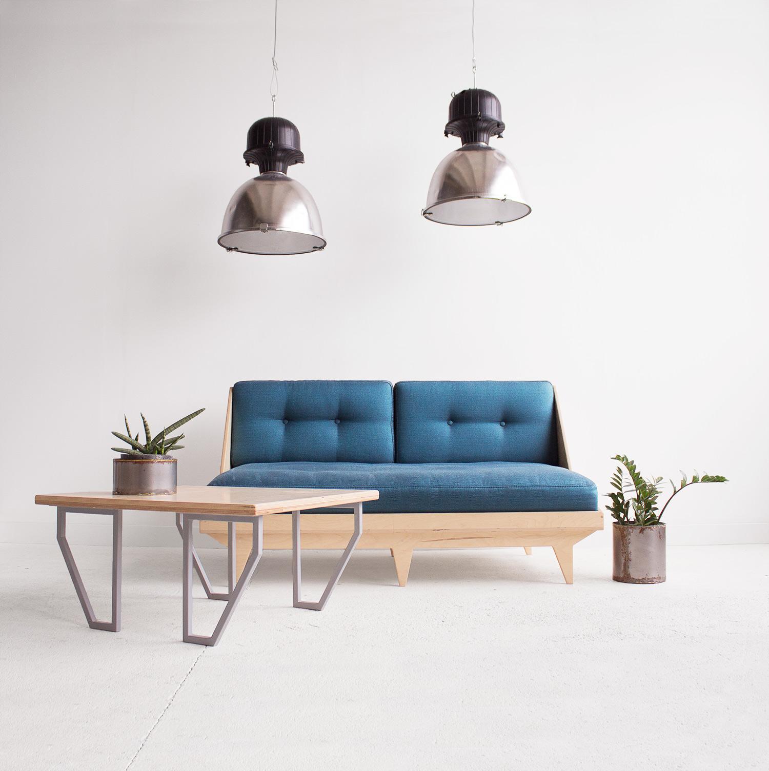 sofa leżanka sklejka