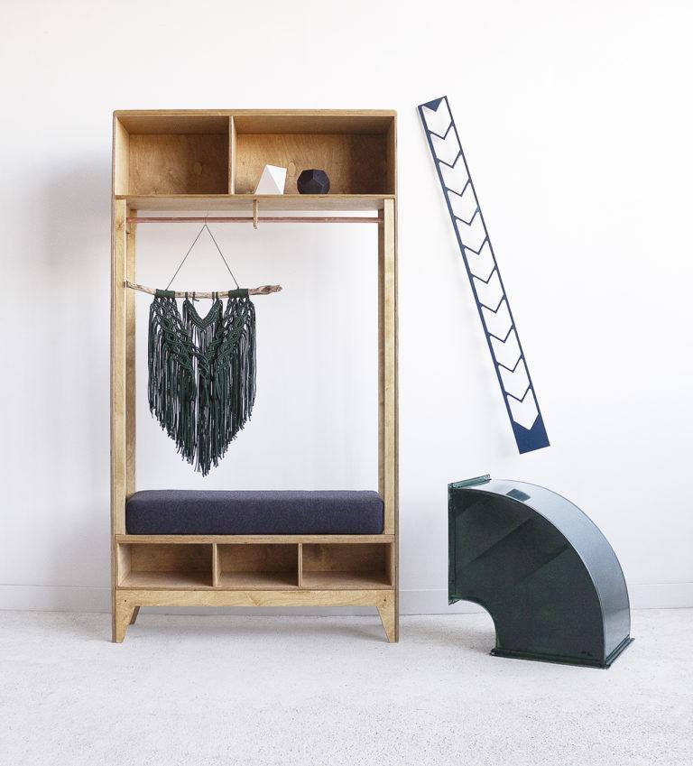 hanger seat plywood