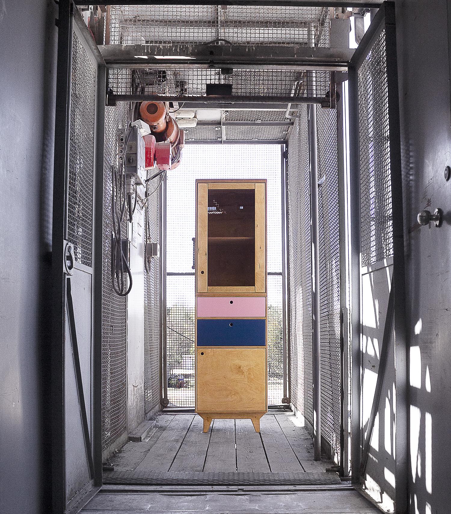witryna przeszklona komoda loft